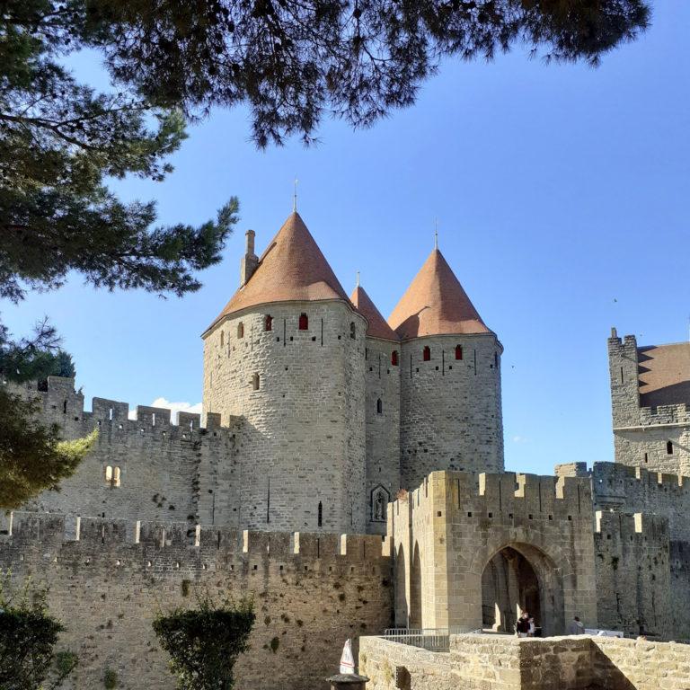 Jane Heyes Art Peintre Carcassonne Artist Autumn inspiration Castle